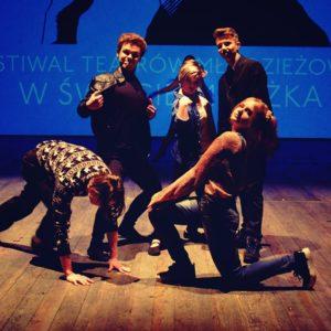 A próxima revolução da estação O Festival de Teatros da Juventude