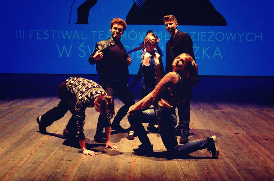 Nastepna stacja rewolucja Festiwal Teatrow Mlodziezowych